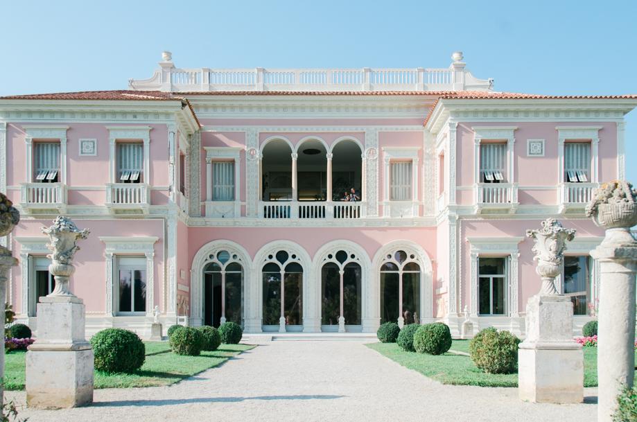 Travel-special-villa-gardens-ephrussi-de-rothschild-anais-stoelen -17.jpg
