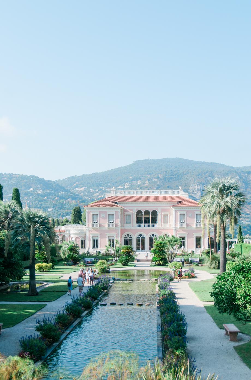 Travel-special-villa-gardens-ephrussi-de-rothschild-anais-stoelen -26.jpg