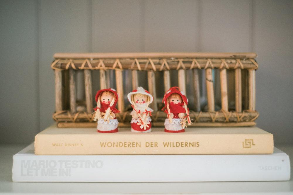 Traditional-Christmas-Decor-Tree-Table-Ideas-Style-To-Copy-AnaisStoelen-8.jpg