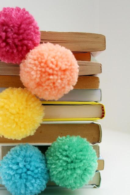 Books + Pom Pom Bookmarks.. Im in love!