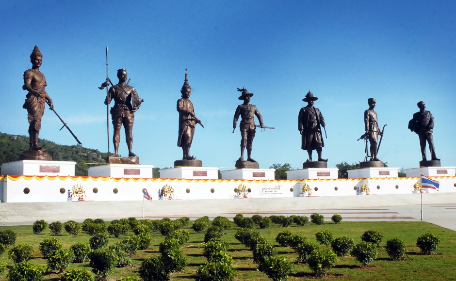 The statues of seven past Thai kings in Rajabhakti Park, a military-sponsored project embroiled in corruption allegations. (Photo: Khaosod English)