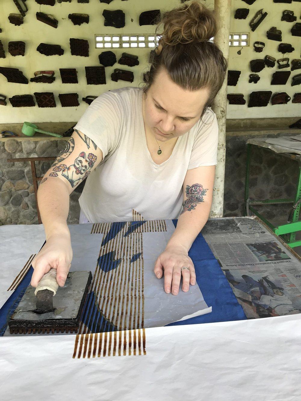 Klädvård och tips för hållbara plagg - Så här tar du hand om dina klädesplagg för att de ska hålla så länge som möjligt. Tips från textildesignern Agnes Varhelyi.