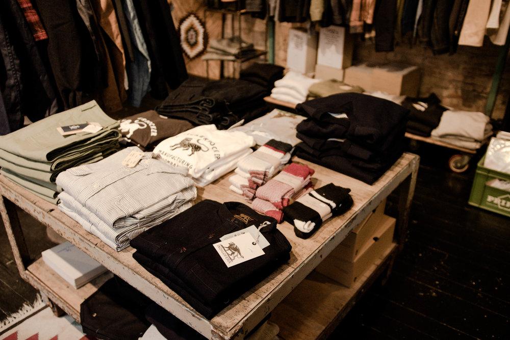 Hållbart mode i Göteborg - Återvunna material, kvalitet och eftertanke. I Göteborg finns många hållbara modemärken.