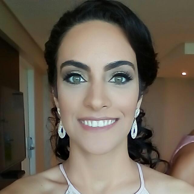 CTO: Camila Oliveira