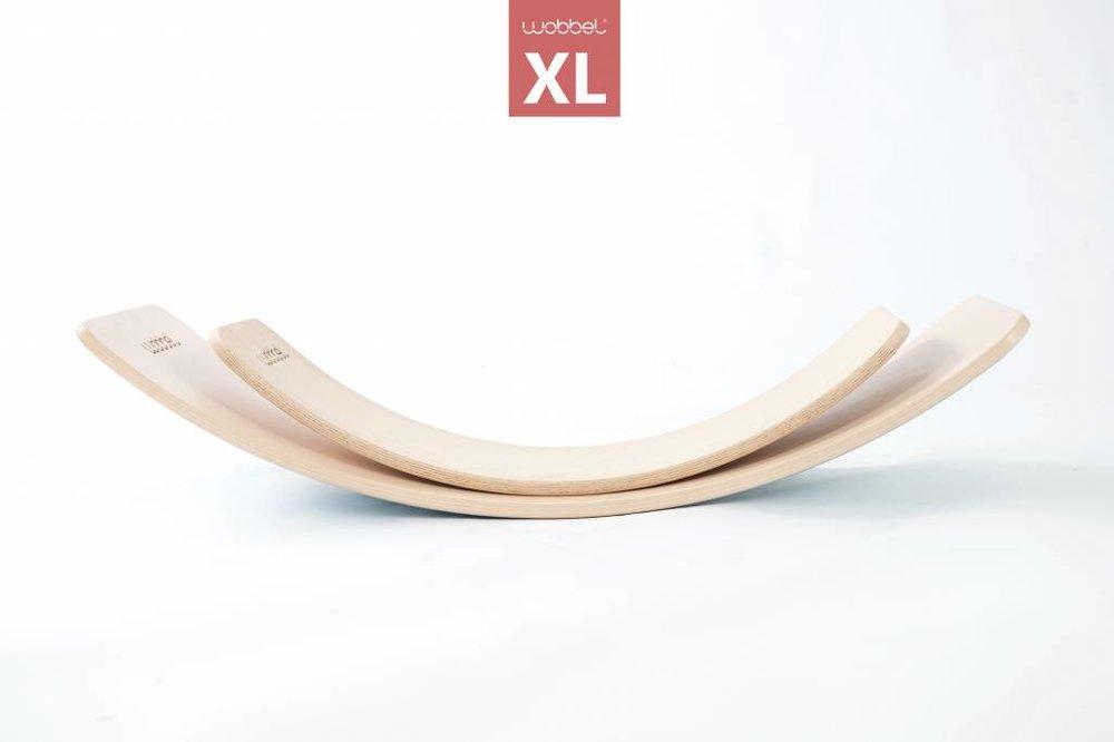 Wobbel XL, transparent lacquer without felt.