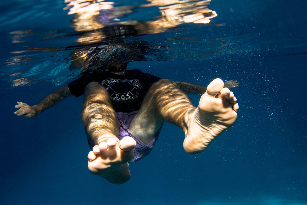 ozzy_underwater_fade_collection-144.jpg