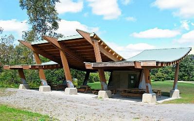picnic pavilion 2 2009.jpg