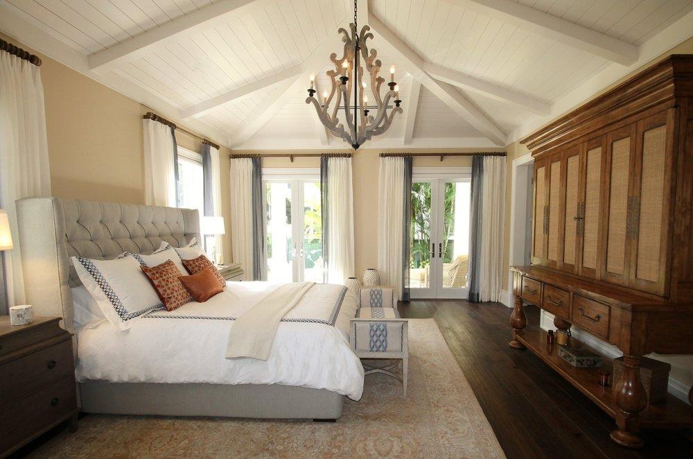 Calm & Restful Classic Bedroom