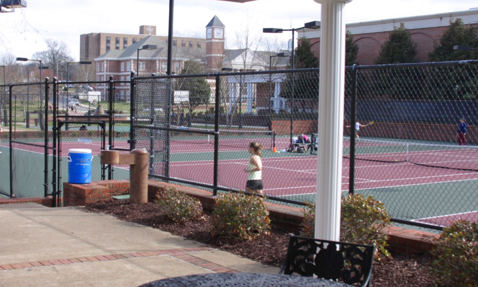 Devos Tennis Center  Lee University 160 15th St., NE Lighted courts, pro shop