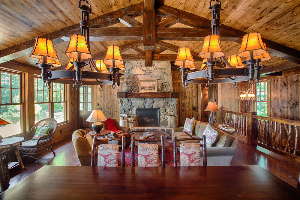Red Pine Lodge -