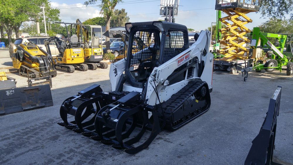 RENTAL FEATURE - bobcat t-590 compact track machine loaderversatile and reliable, let's move earth.