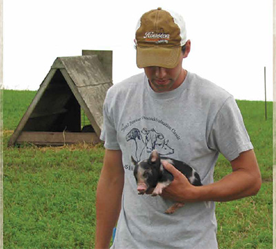 ALDERLAND FARM — NEW PROVIDENCE, IOWA - After the 1998 hog market crash, we started looking for options for our hog operation and found Niman Ranch. With the traditional raising practices on our farm allowing the pigs plenty of room to move and behave naturally on pasture, it was a perfect fit.