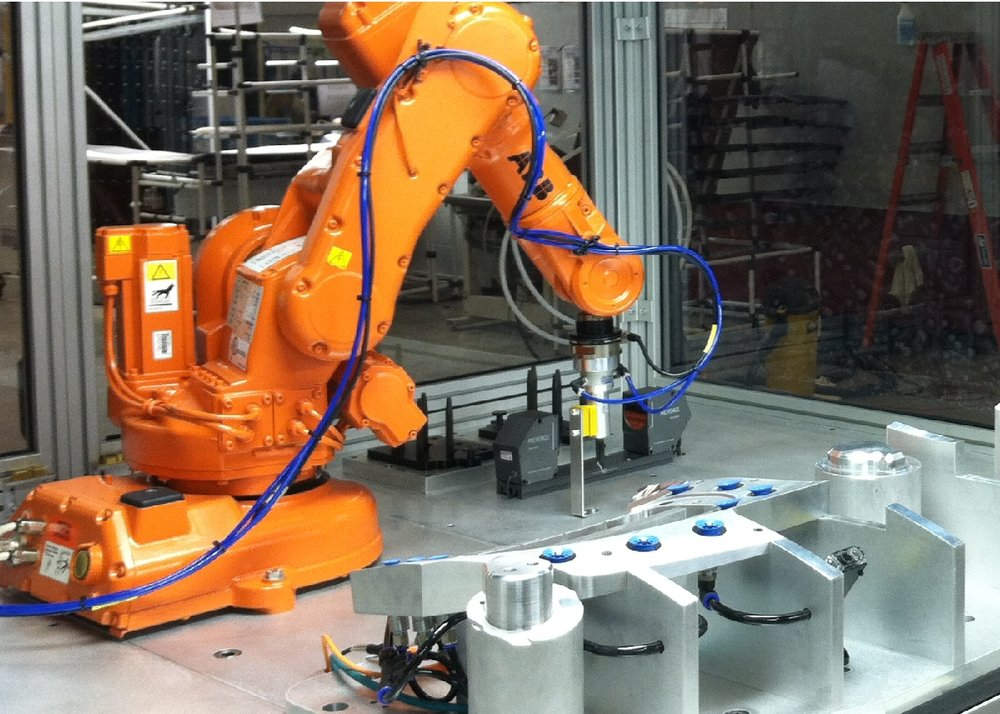 Fitz-Thors-Engineering_Robotics-ABB_Robot-06.jpg