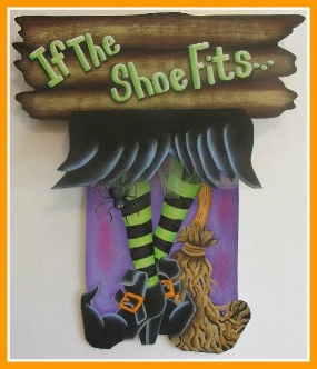 3D wooden sign - using a variety of different materials to create this cute witches sign.