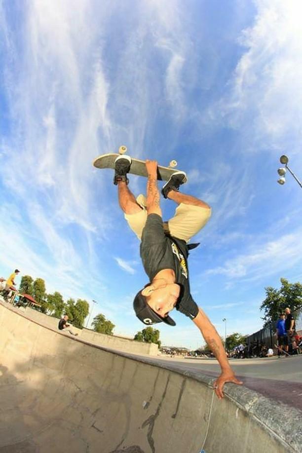Adrian Hernandez_Bs Invert_Andrew Lomas.jpg