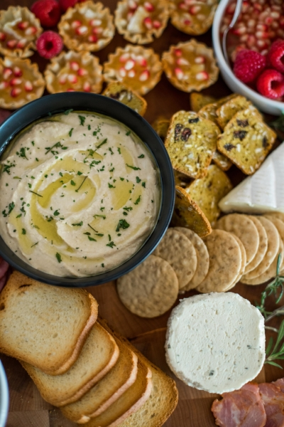 Hummus-2.jpg