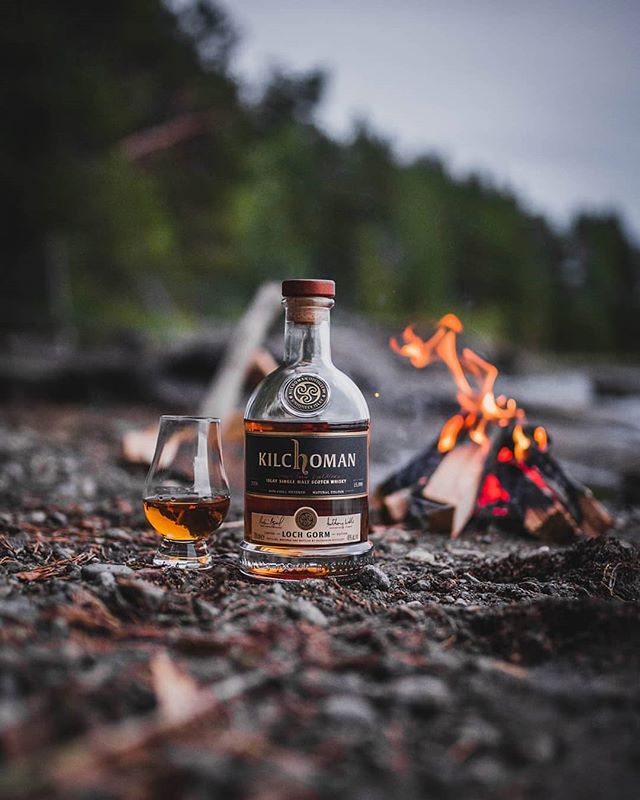 If only I could turn back time to this moment.  Tonight's dram is @kilchomansinglemalt Loch Gorm 2018 Edition 📷 @peat.and.more  #whiskeygram #dram #whiskeylover #kilchoman #scotchwhisky #passionpassport #getoutside #keepitwild