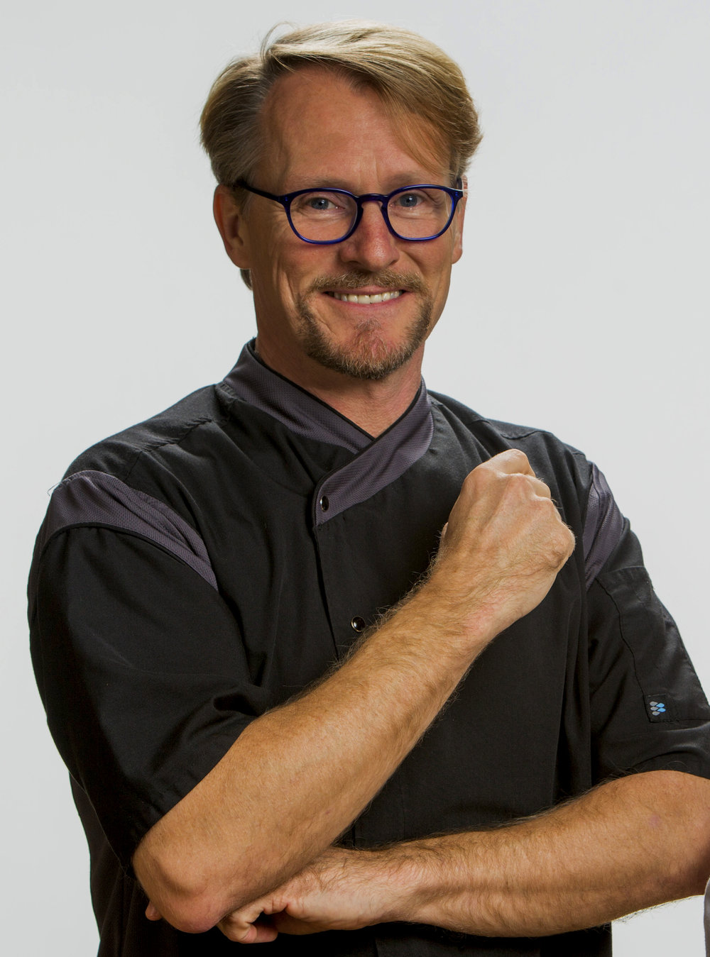 JAMES SANT - Plant-food chef James Sant, has been a professional artist for the past 30 years. Though much of this was dedicated to visual arts (sculpture, clay art, photography, and art administration) his ardent exploration of healthy food has been a lifelong journey. In the eighties his focus was upon vegetarian and Macrobiotic training. In the nineties, this expanded to include Thai food culinary courses and an avid exploration of wild fermentation.In 2010, James was very seriously injured and chose to avoid unnecessary surgeries and prescription drugs though studying plant food as medicine. This choice would dramatically expedite his healing process, improve his health, and pave the way to a passionate new career. He completed his Mastery of Raw Vegan certification training at Living Light Culinary Institute in 2013. In addition he received his Raw Vegan Pastry Arts and Gourmet Raw Chef certifications. He was invited to join the teaching staff at Living Light in 2013.Today James is the Culinary Programs and Creative Director of Living Light International (rawfoodchef.com). He teaches vegan and raw plant-based recipe development, personal coaching, and the art of food photography to students from around the globe. As a registered Yoga instructor, he promotes optimal health through the daily practice of physical, nutritional and spiritual understanding. His mission is to be an active participant in actualizing and manifesting a global understanding of the integral relationship between plants and a healthy lifestyle.