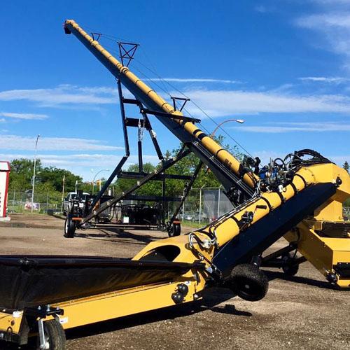 self propelled transloading conveyor    high capacity tube conveyor    high capacity transfer conveyor    commercial seed tender