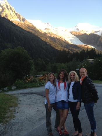 Me, Pam, Linda, and Sarah. Love these gals.