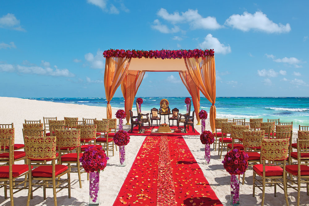 AMR_Hindu_Wedding_Beach1_3.jpg