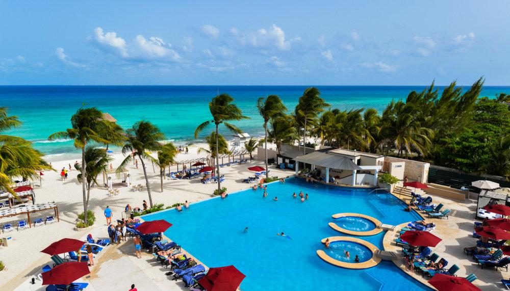 Azul Beach Resort The Fives
