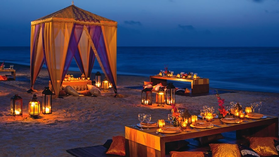Beach Reception Indian Destination Wedding Cancun Dreams AM Resorts.jpg