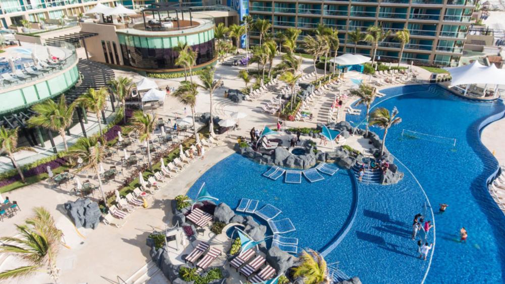 Indian Destination Wedding Hard Rock Cancun 5.PNG