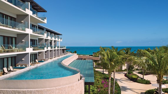 Best Resorts for 300+ Guests -
