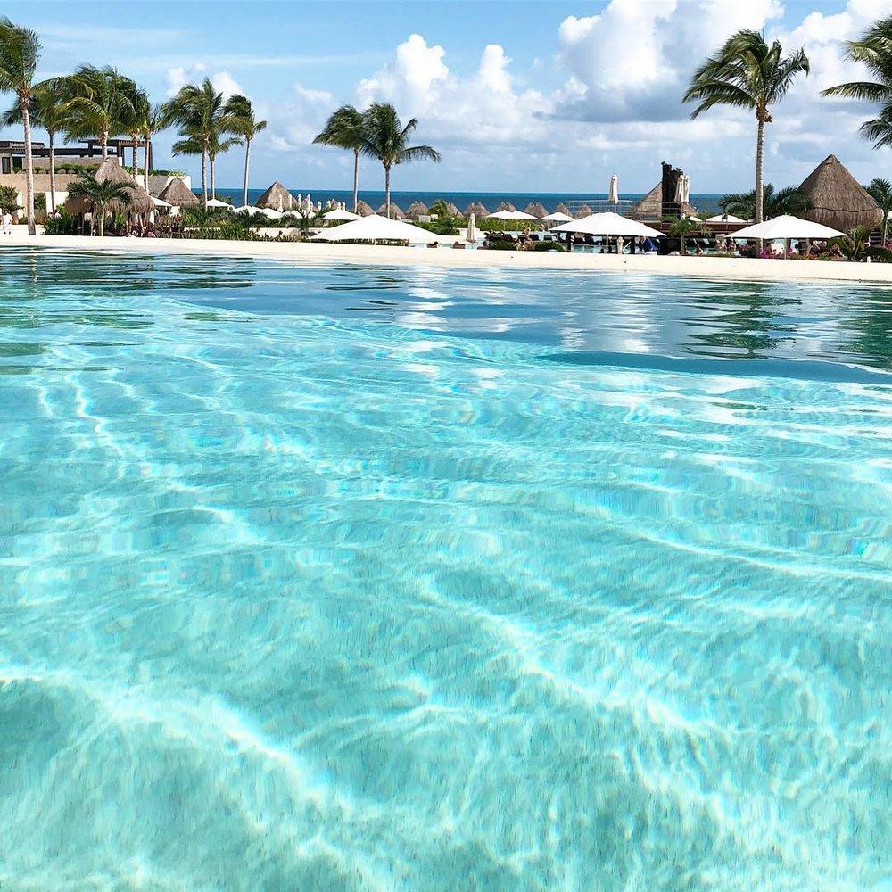 Dreams Playa Mujeres Gram 2.jpg
