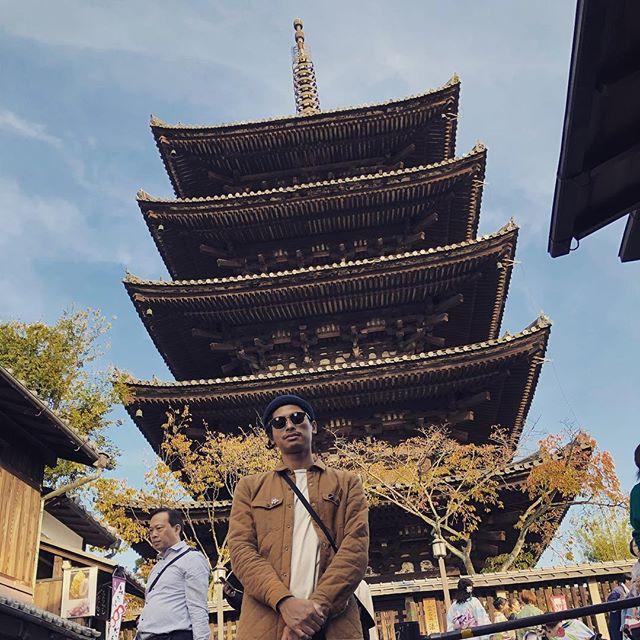 KYOTO / OSAKA #kyoto #shrine #fall #osaka #nambaosaka #japan #santa #robot @tblablabla