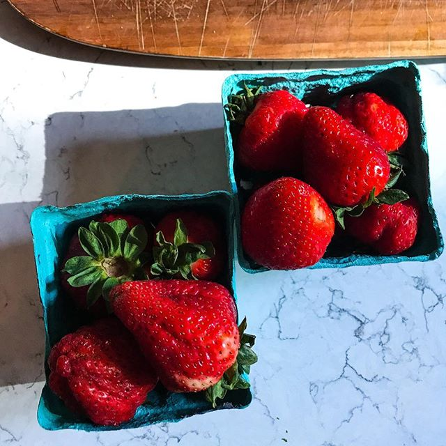 Fresh local strawberries 🍓 . . . . . . #strawberries #pnw #pnwfruit #localproduce #localstrawberries #spring #fruit #blog #lifestyleblog #lifestyle #blogger