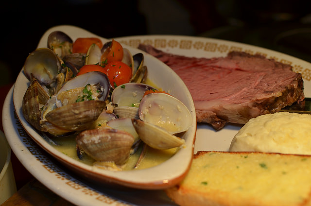 clams and prime rib combo.jpg