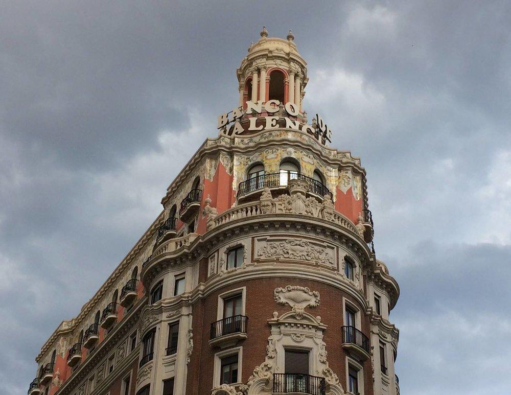 plaza ayuntamiento valencia.jpg