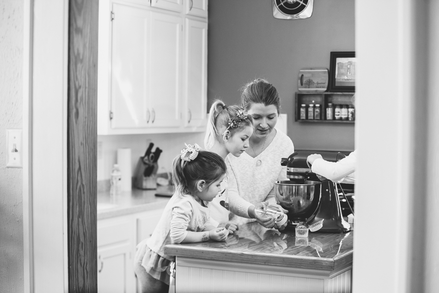 Heirloom Photo Company | Squires make cookies-1-5
