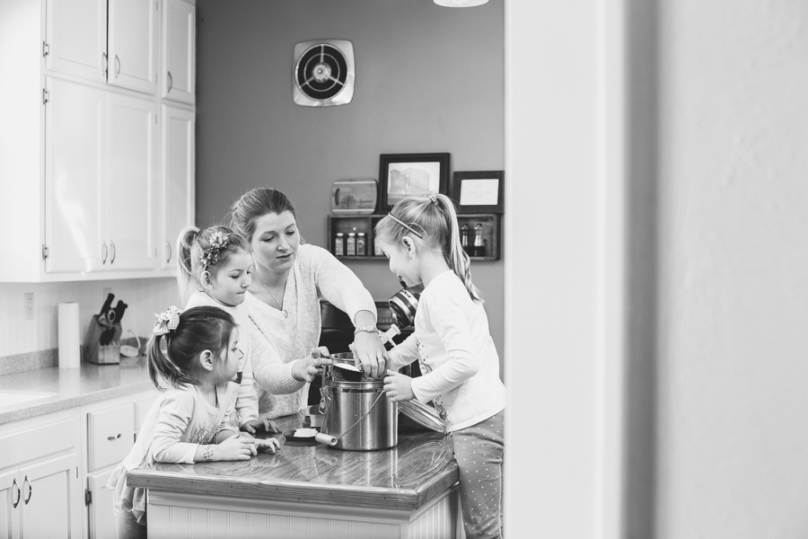 Heirloom Photo Company | Squires make cookies-1-7