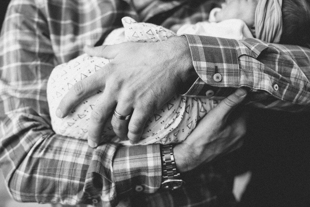 Claire Newborn Lifestyle Blog-11.jpg