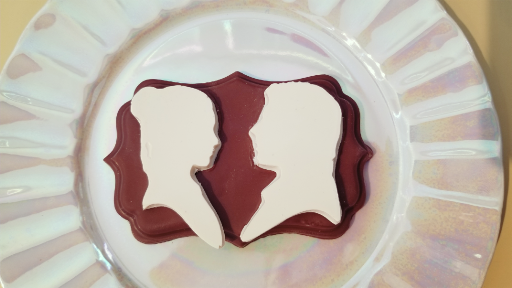 Love In Space - WHITE CHOCOLATE REBELS ON A MILK CHOCOLATE BASE NOT MADE TO BLOW UP PLANETS.