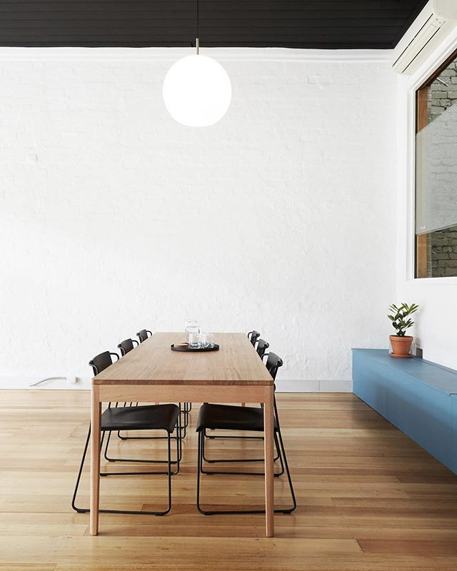 43D is well equipped for a variety of events. The beautiful meeting table seats up to 10 people, it's perfect for a meeting. We also have seating for up to 30 people on-site, for workshops and talks. — Link in bio for info and hire rates. Concept by @jacand_co 📸 by @willem_dirk