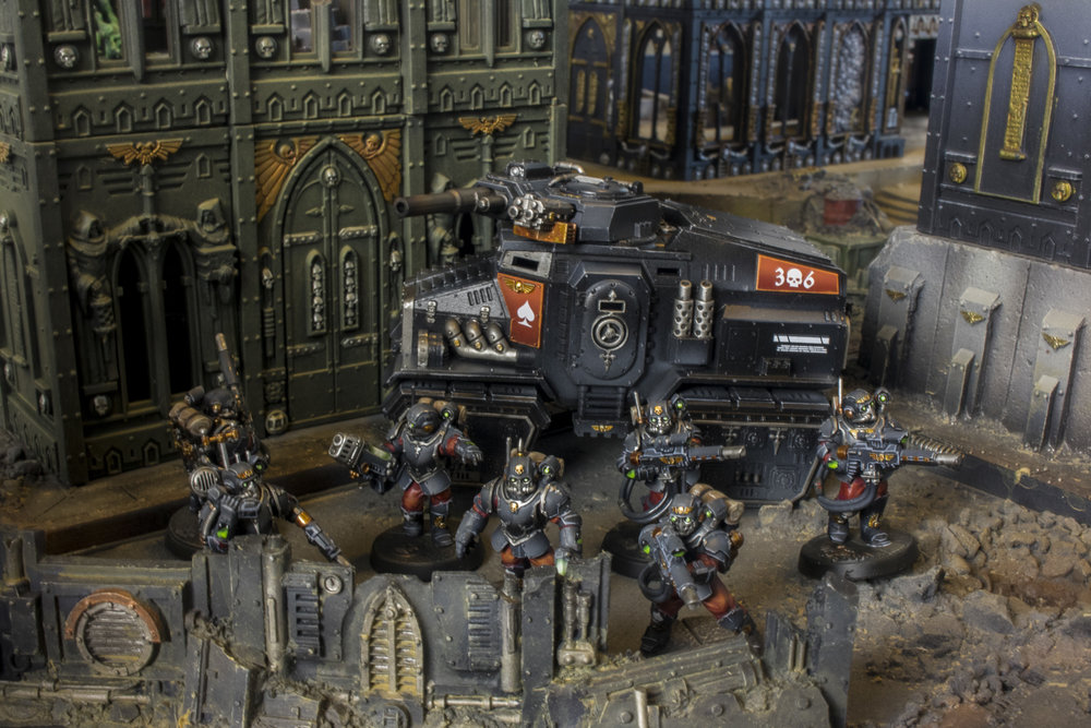 Tempestus Scions 68th Deltic Lions Black Red 40k Stormtroopers Taurox_05.jpg