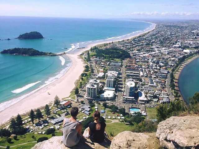 Home: The word holds so much power! No matter how much I travel, I'm always so happy to call you home Bay of Plenty 😘  Throwback to a quieter Mount. No drones, no crowds of tourists.  #explore #nz #newzealand #home #MountMaunganui #bayofplenty #paradise #travel #mountain