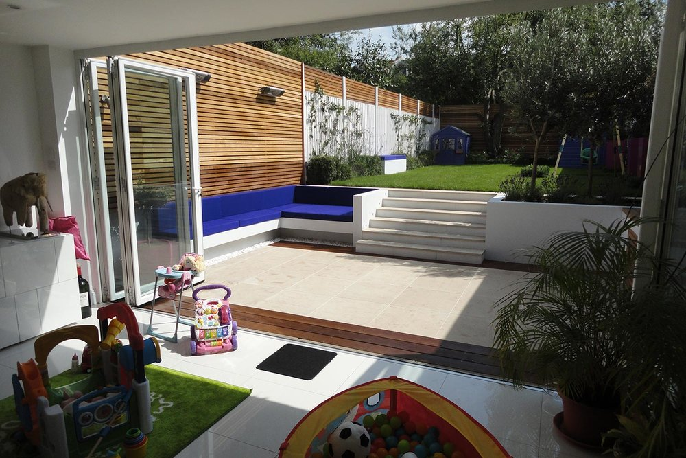 Wandsworth   Bright Garden for Young Family