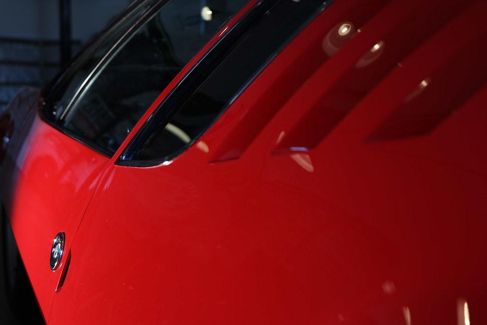 Red De Tomaso Mangusta 8 web.jpg