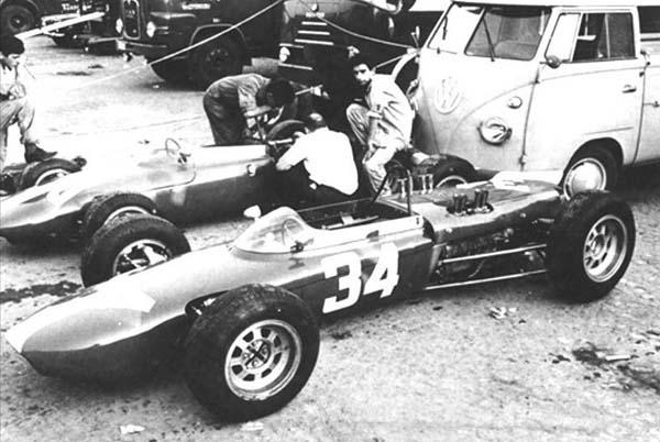 1962 De Tomaso and driver Nasif Estefano, 801.
