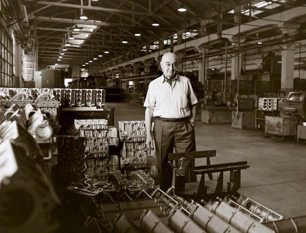 Alejandro Factory Portrait 2.jpg