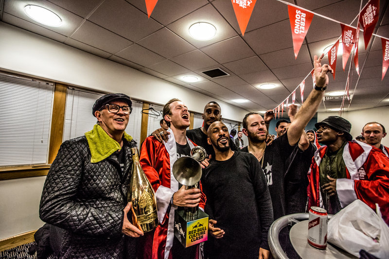 backstage-winning_800.jpg