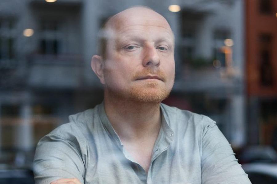 Prof-schulze-portret.jpg