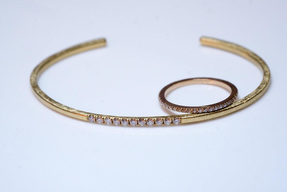 gouden armband en ring met briljanten.JPG
