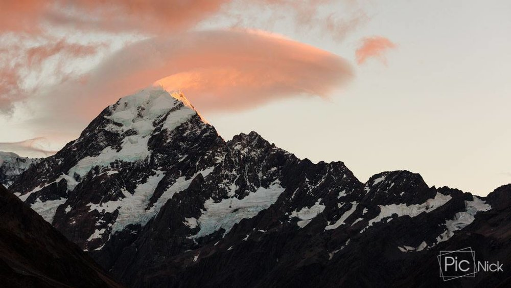 Mount Cook by  N icholas Lee (photographer of  Furry Photos )
