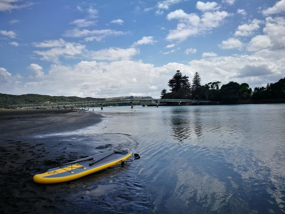 Raglan estuary on the West Coast of the North island by Jesse Whitehead of  Ryukyucam